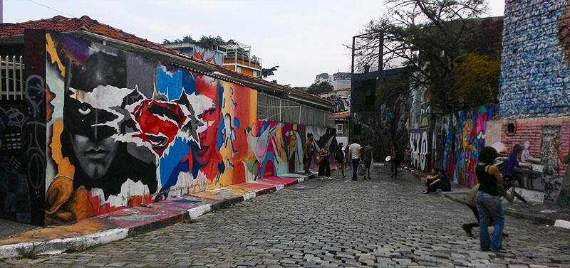 Grafites no Beco do Batman: arte urbana em SP