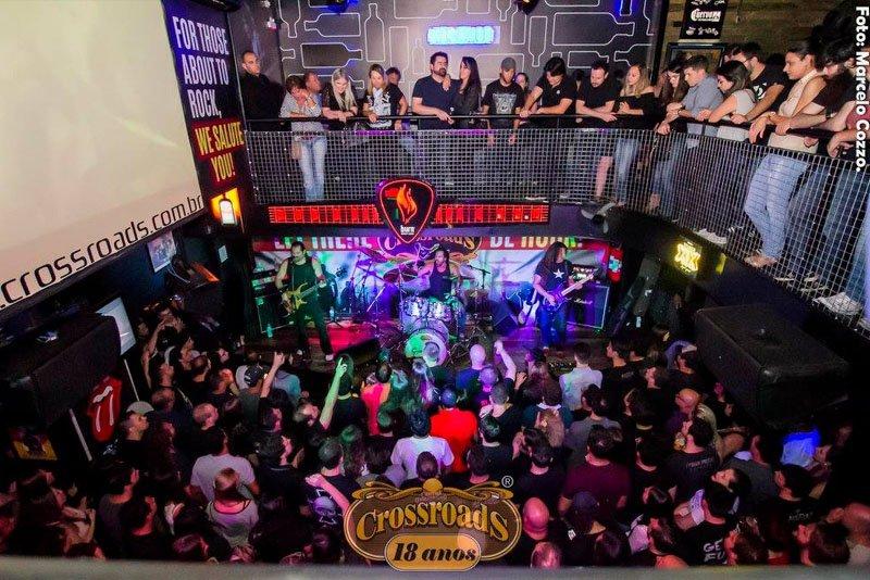 bares de rock em curiitba crossroads