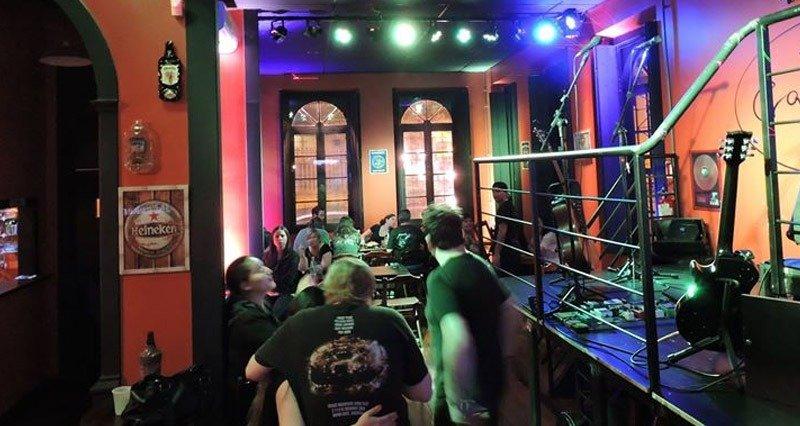 crazy bar rock curitiba