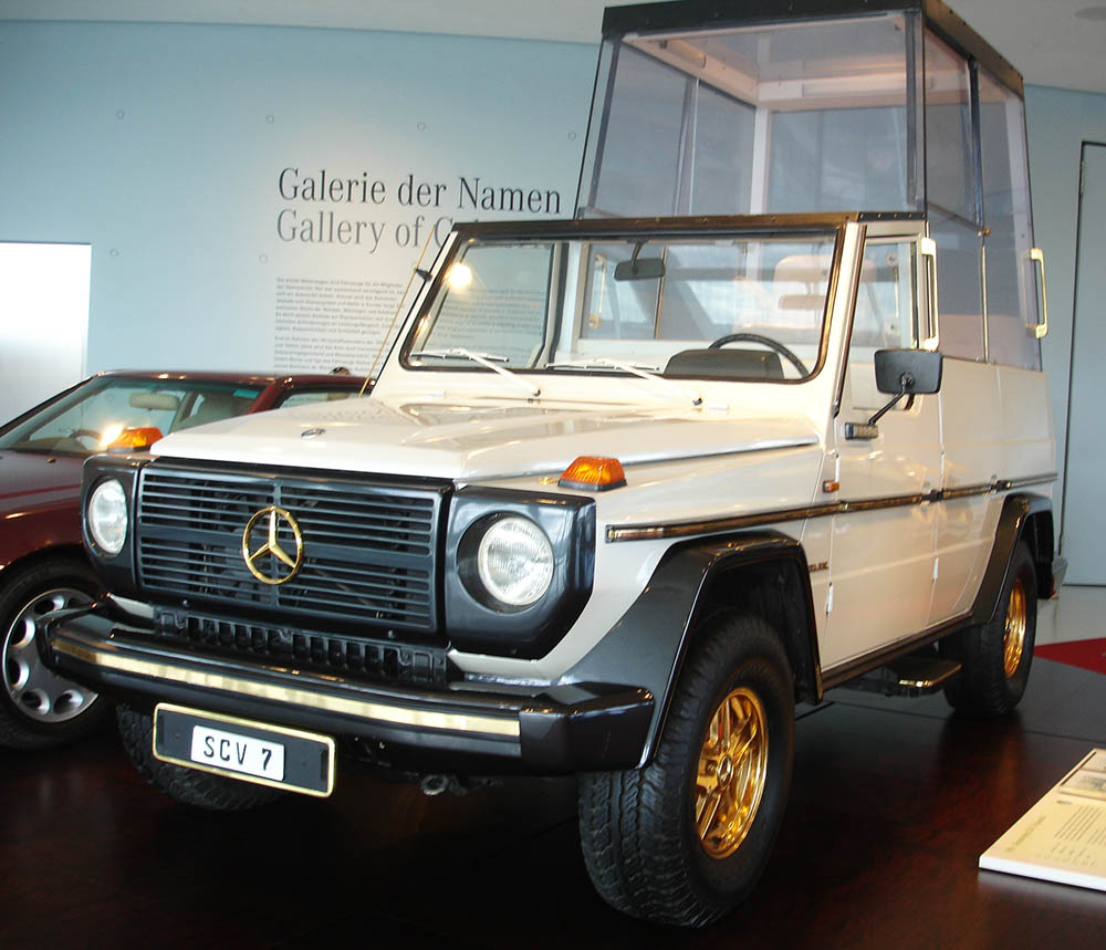 mercedes benz carro papa joao