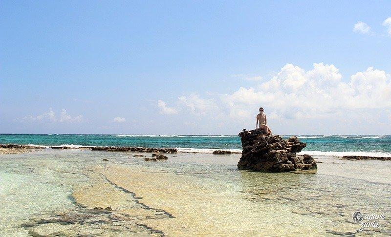 pedra johnny cay san andres caribe