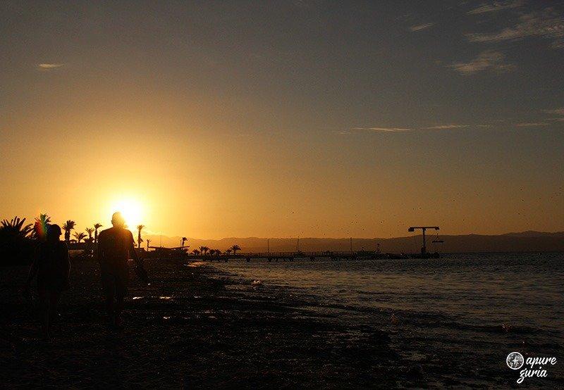 por do sol paracas praia