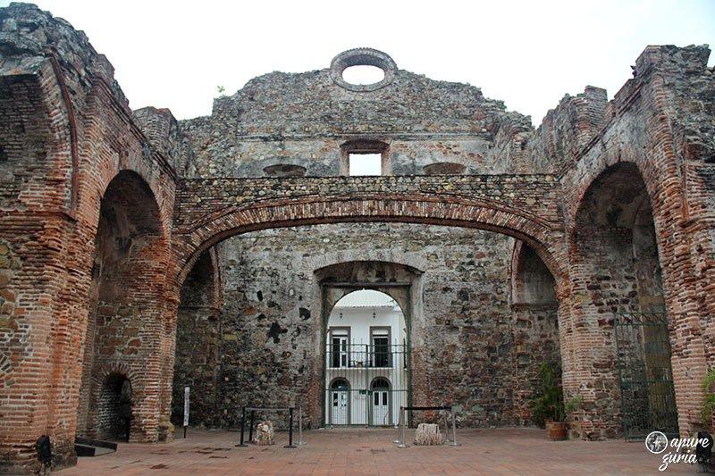 arco chato convento santo domingo panama casco antiguo