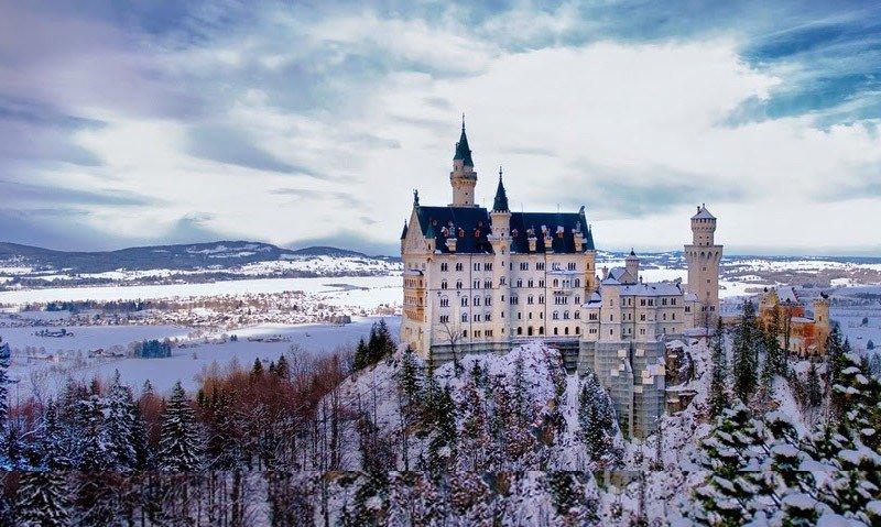 castelo neuschwanstein castelo da cinderela disney alemanha