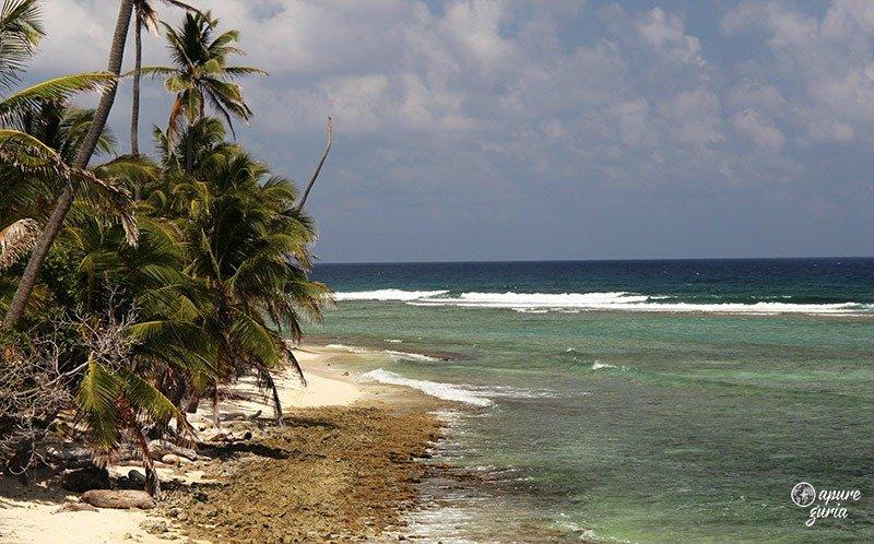 praia carrinho de golf san andres caribe colombia