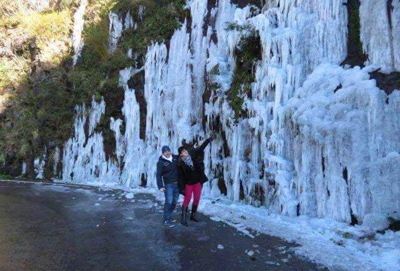 serra do rio do rastro congelada cascata