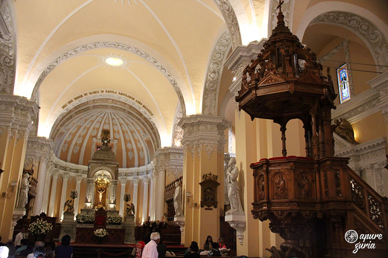 catedral de arequipa interior