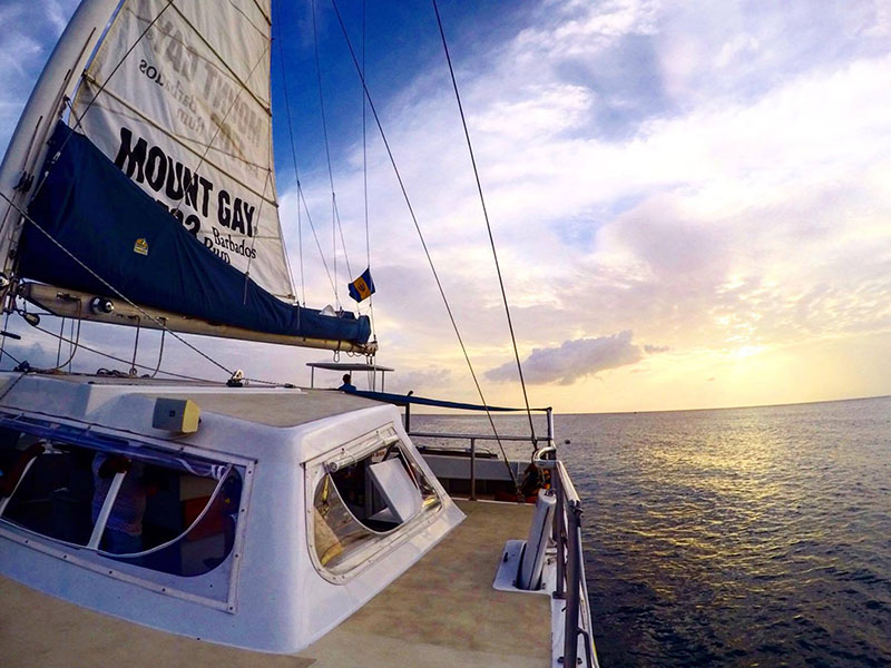 catamaran tiami sunset