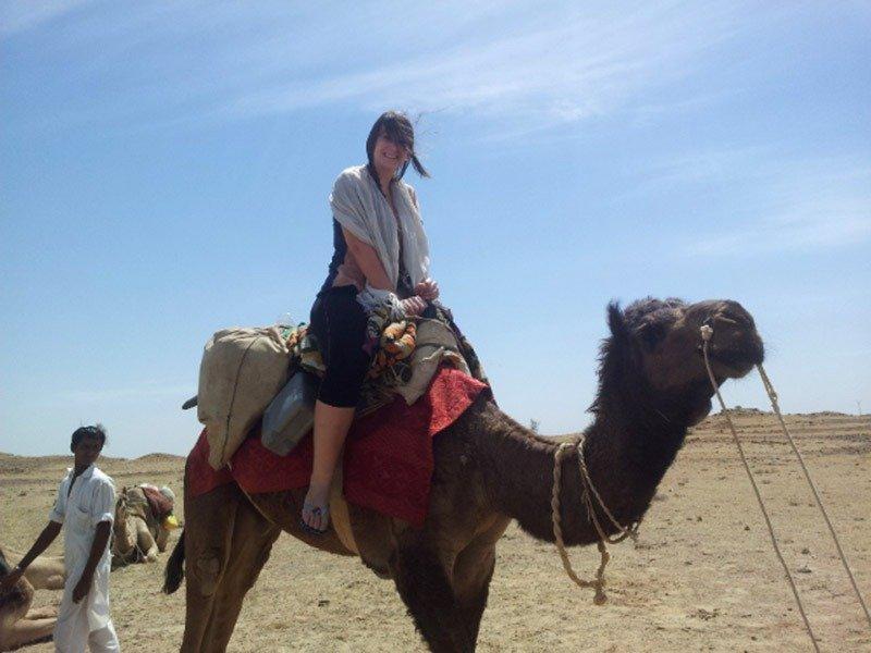 andar-em-camelo-dromedrario-jaisalmer