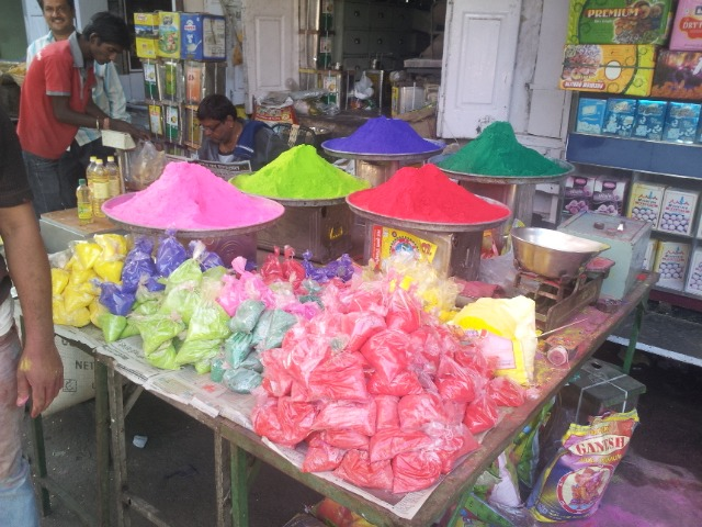 pos-coloridos-para-holi-festival-india