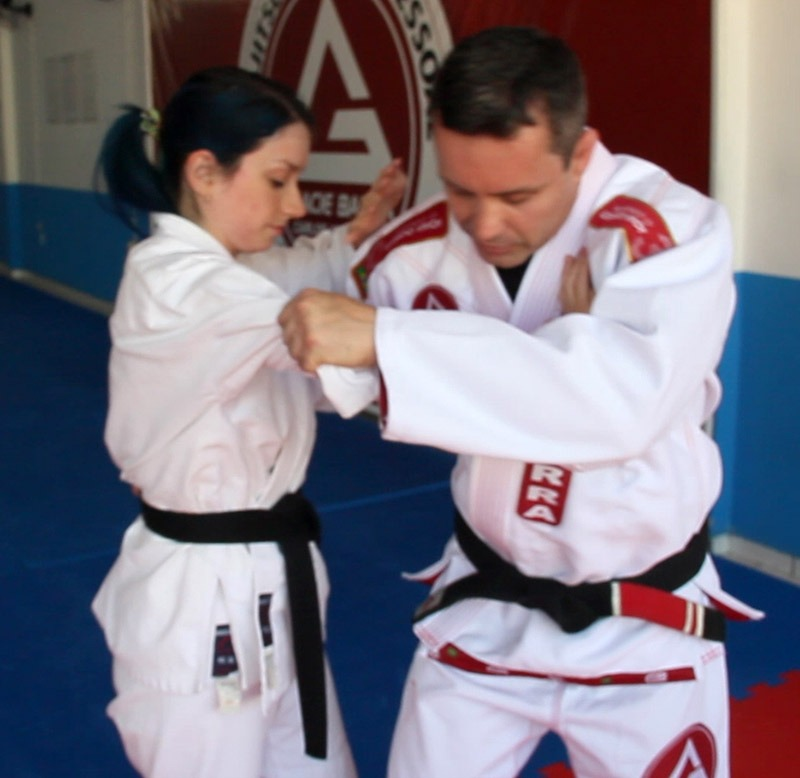 defesa pessoal jiu jitsu mulher viagem