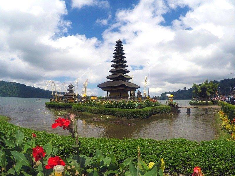 lugares-para-visitar-em-bali-indonesia-templos
