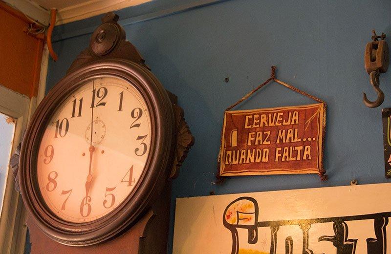 decoracao-hostel-providencia-relogio