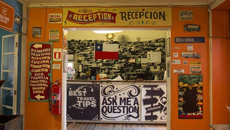 hospedagem-em-santiago-hostel-providencia-recepcao