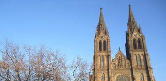 10 fotos que inspiram uma viagem a praga igreja