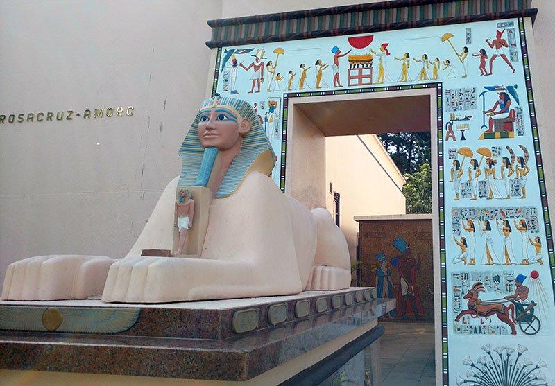museu egipcio de curitiba rosa cruz esfinge
