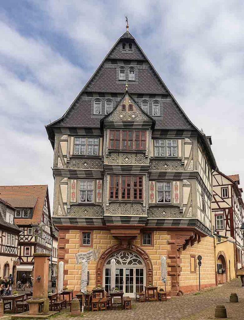 hotel mais antigo da alemanha zum riesen