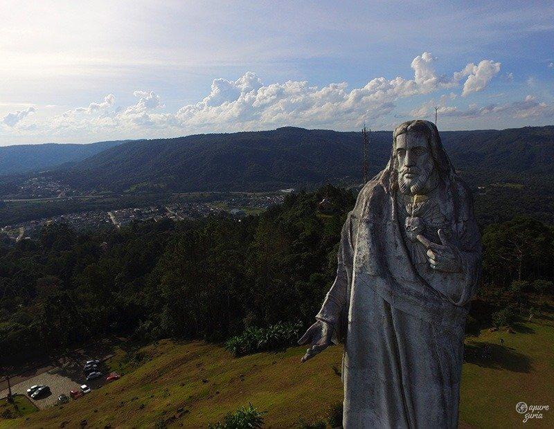 cristo em uniao da vitoria estatua rio iguaçu