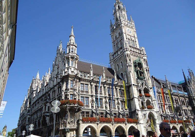 atrações grátis em Munique marienplatz rathaus