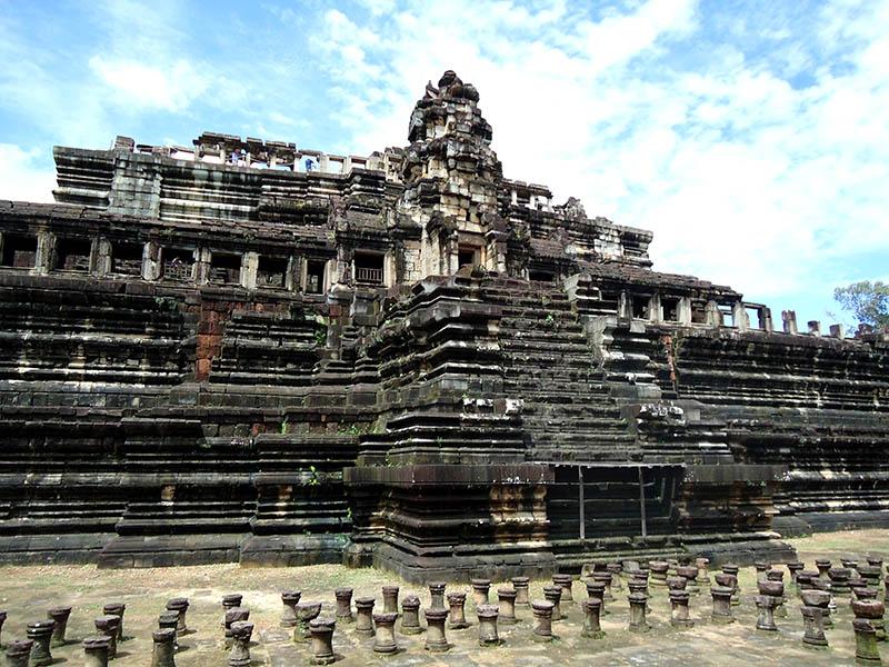 templo baphuon camboja angkor wat
