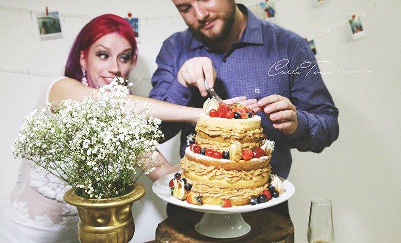 bolo naked cake casamento de viagem