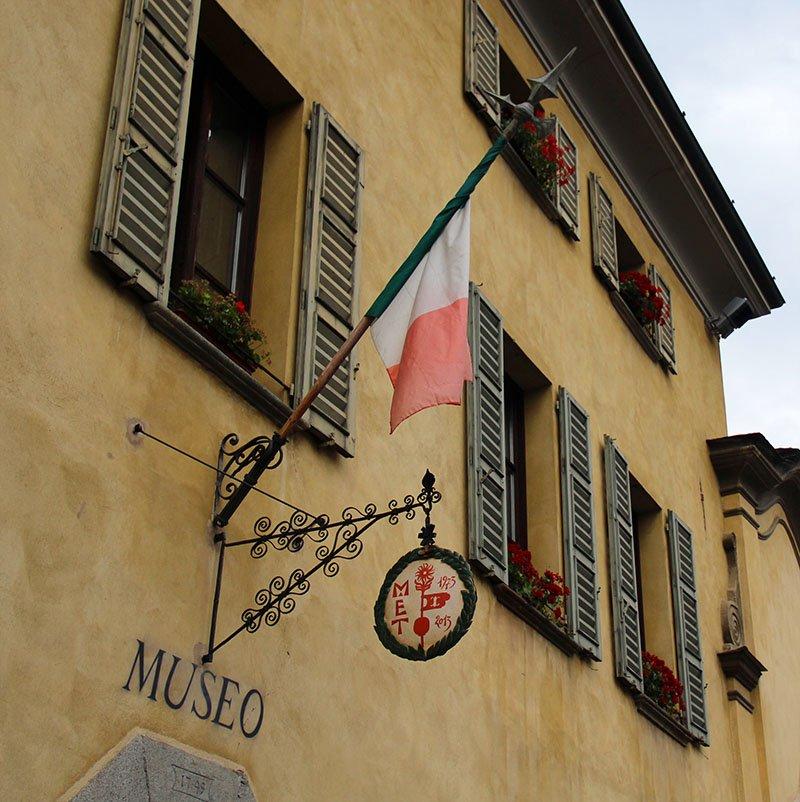 atracoes em tirano italia