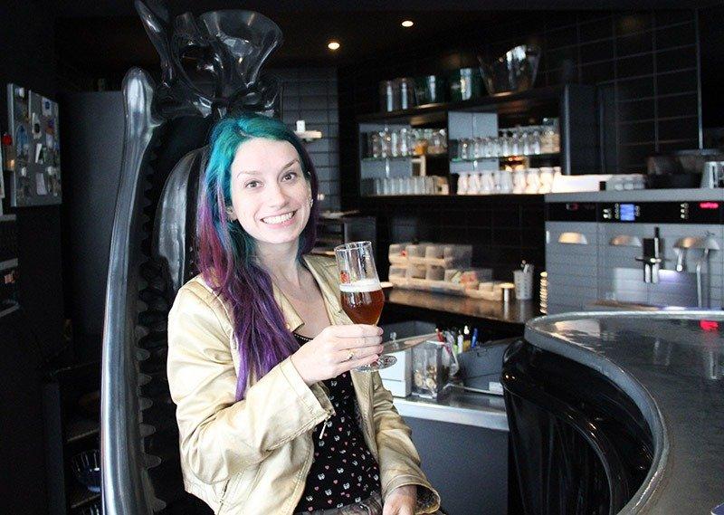 cerveja chur bar tematico suica alien