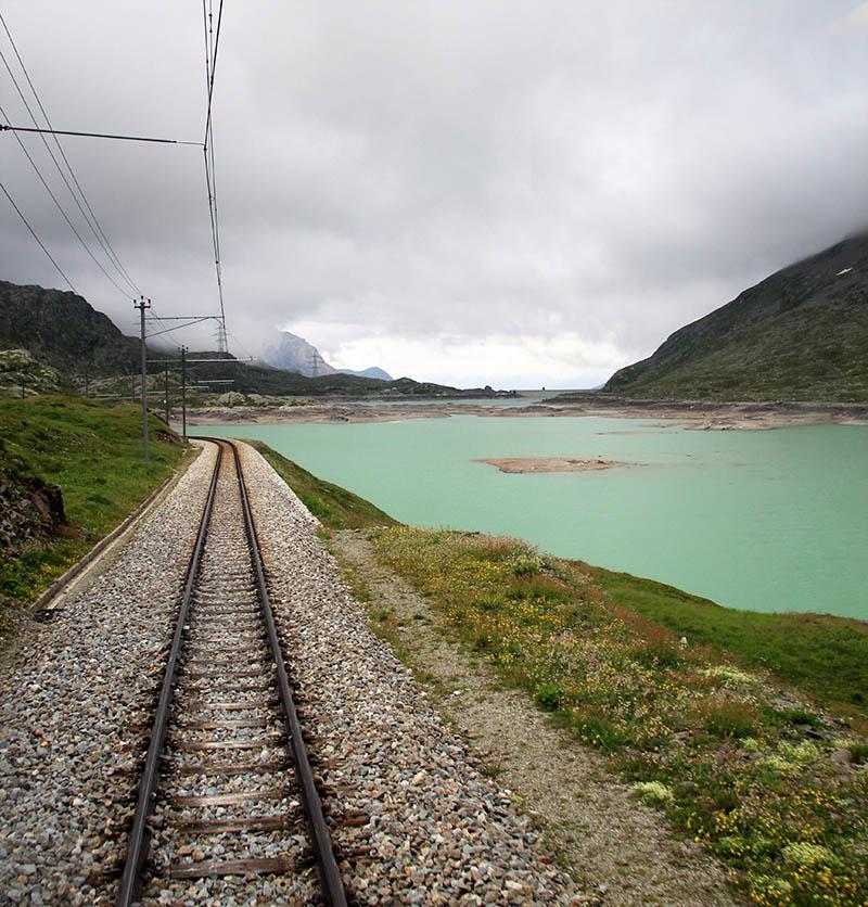 lago bianco bernina express italia