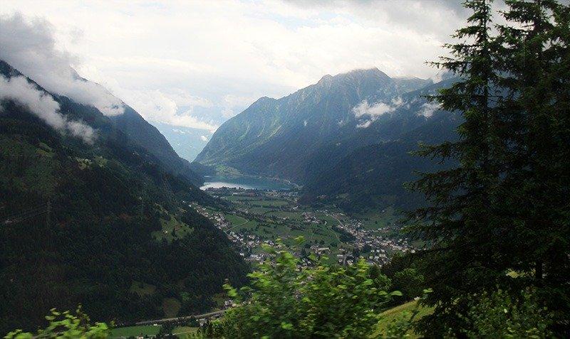 paisagens suica montanha trem panoramico