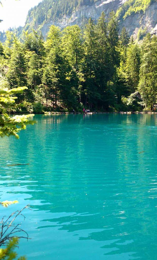 Blausee lago incrível na Suíça, confira as dicas