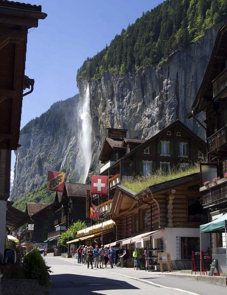cachoeira na cidade lauterbrunnen suiça