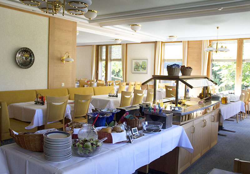 cafe da manha hotel jungfrau wengen lauterbrunnen