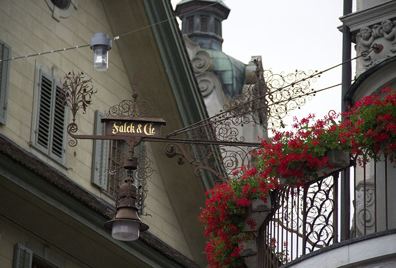 detalhes em lucerna suica