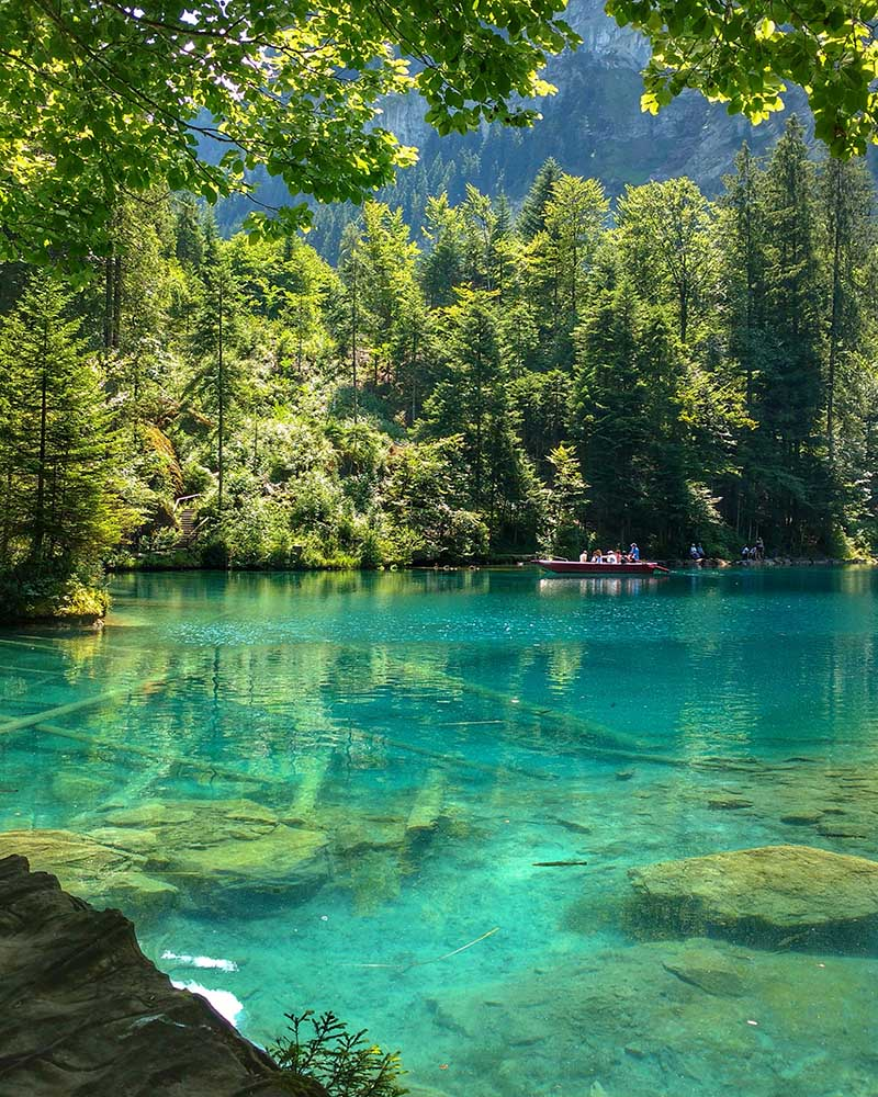 lago azul incrivel na suica blausee