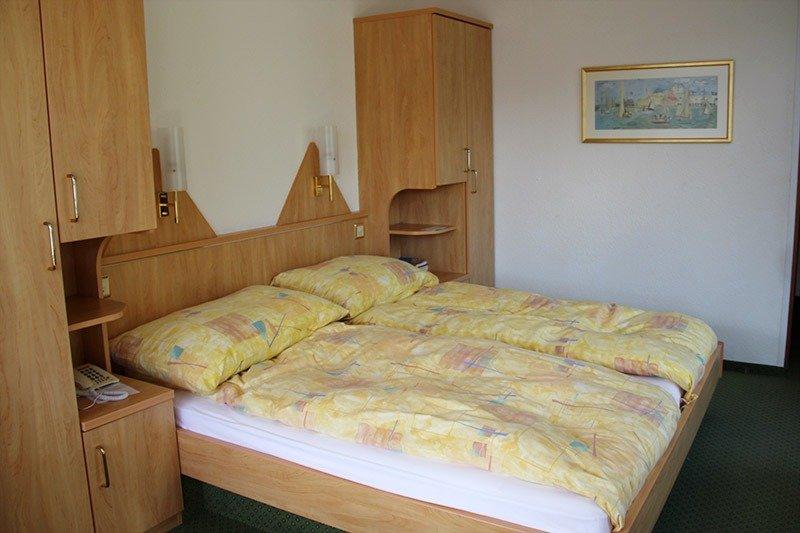 quarto casal hotel em wengen lauterbrunnen