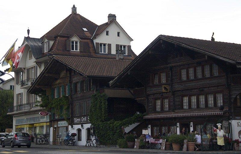 tradicional casa suica arquitetura em interlaken