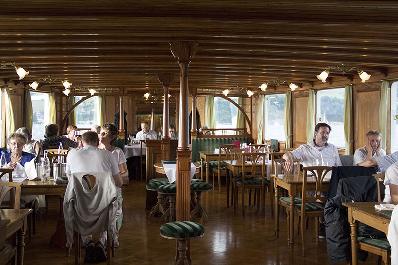 barco primeira classe suica cruzeiro lago