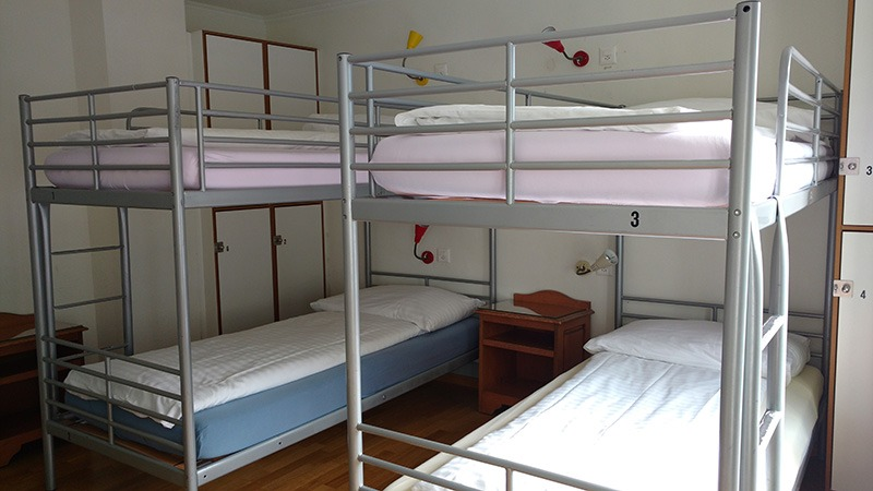 camas hostel interlaken