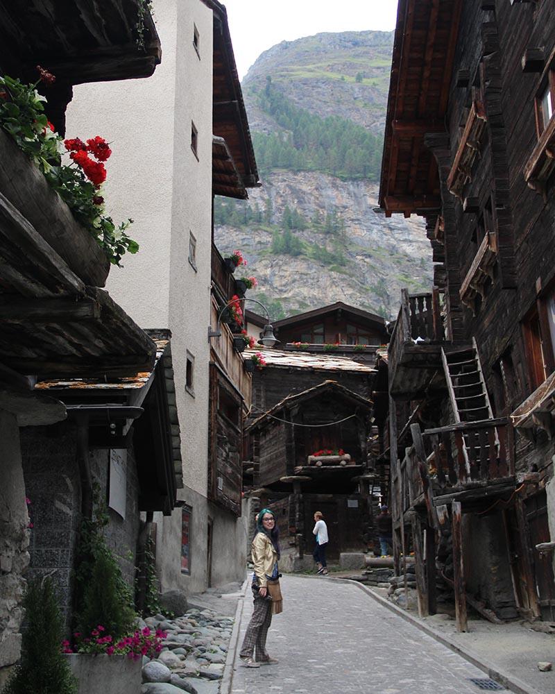 centro historico zermatt casa de madeira
