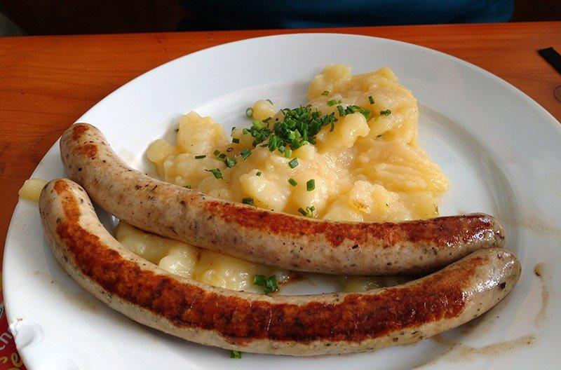 comidas da oktoberfest linguica wurst