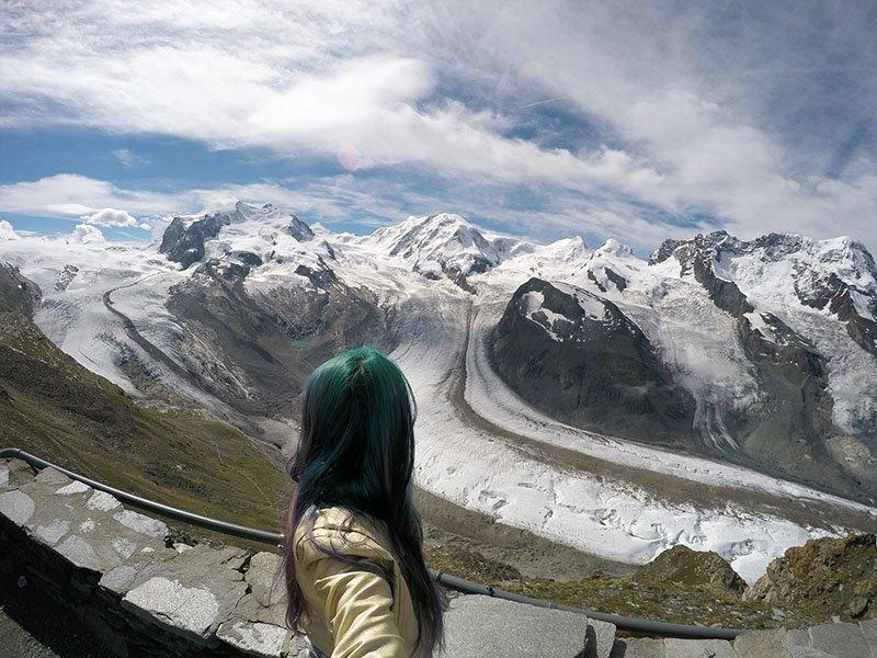 maior geleira da europa neve suiça no verão