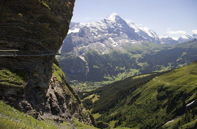 grindelwald first cliffwalk