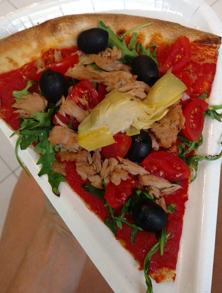 pizza em fatia italia