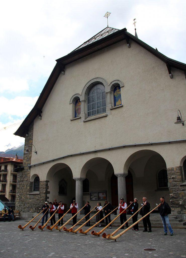 roteiro em zermatt suica alphorn