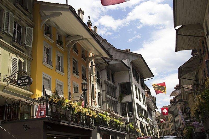 rua principal em thun suica obere hauptgasse