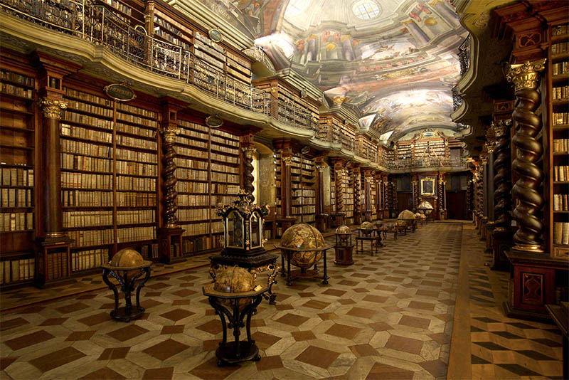 biblioteca clementinum praga