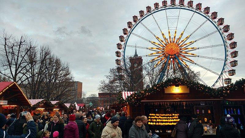 alexanderplatz feira de natal prefeitura vermelha