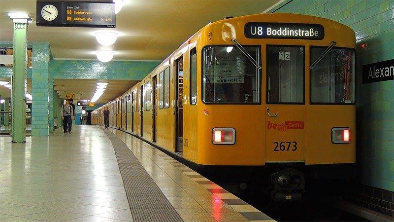 como funciona o metro em berlim