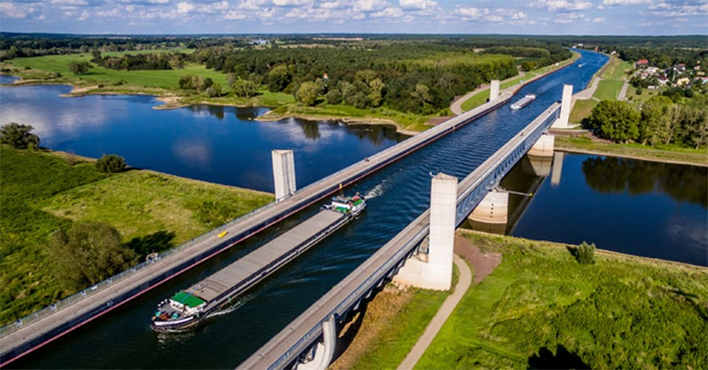 ponte de agua para barco rio sobre rio alemanha