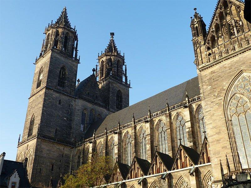primeira catedral gotica alemanha magdeburg